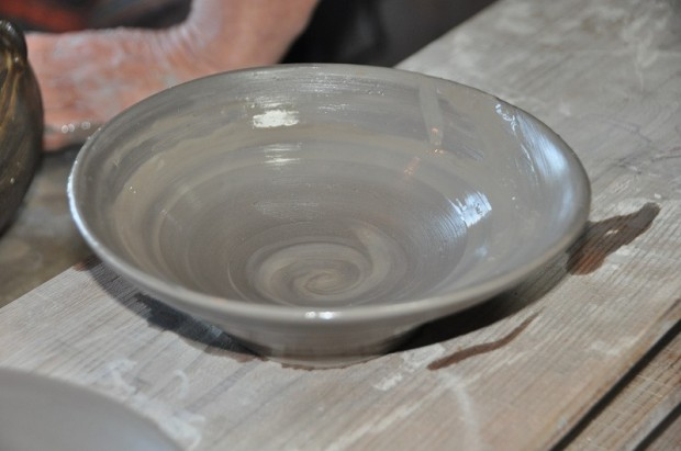 鈴木章先生完成した陶芸作品
