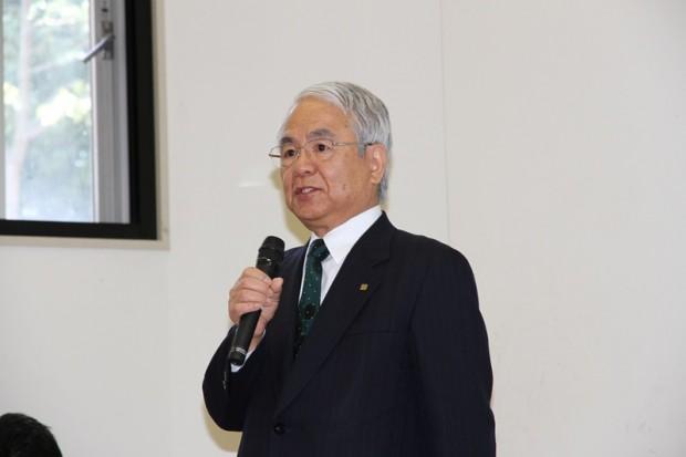 伊藤謙介氏