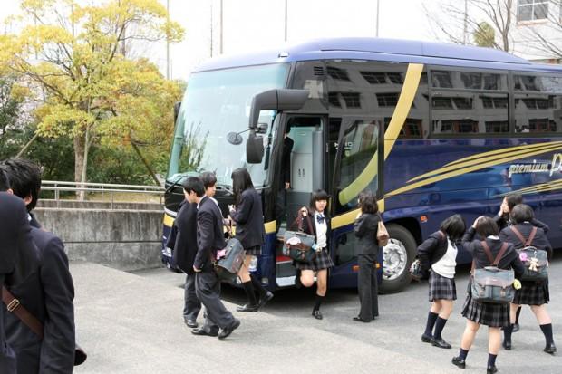 岡山県美作高等学校の皆様が学内見学