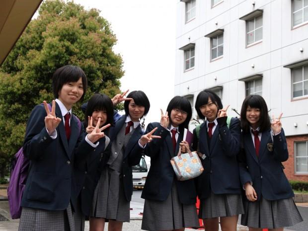 岡山工業高等学校デザイン科3年生