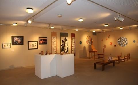 平成23年度吉備高原学園高等学校生徒作品展が開催されています。