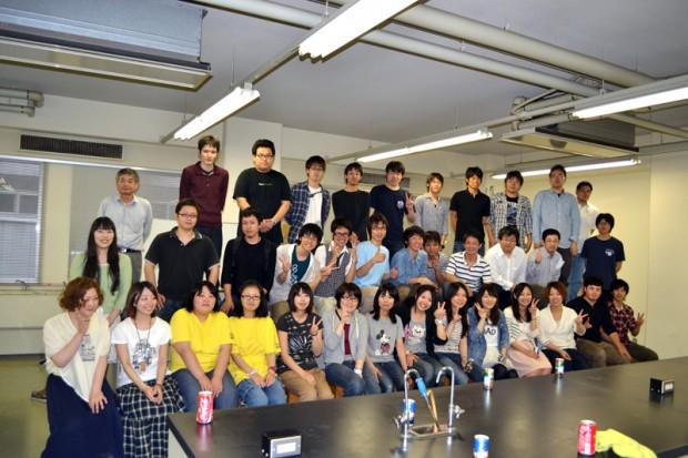 生命科学科オープンキャンパス担当の学生さん達集合写真