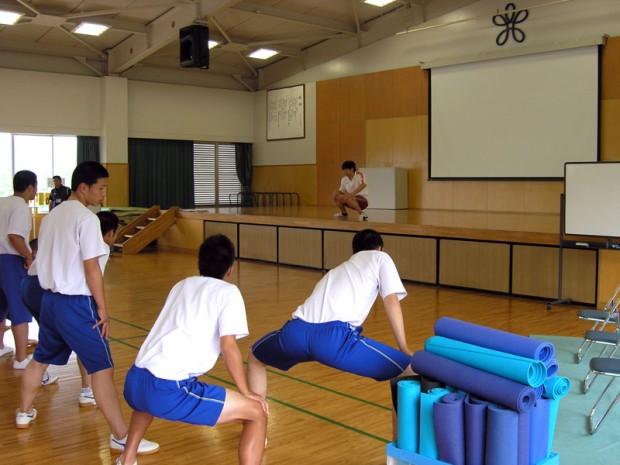 近畿大学付属福山高等学校での講義の様子