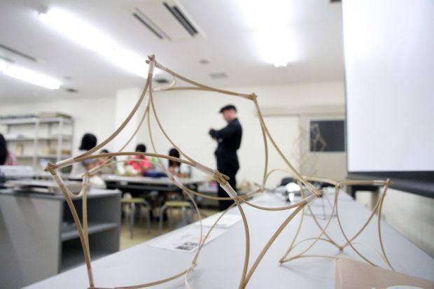 シュワーベ先生の竹を用いた作品