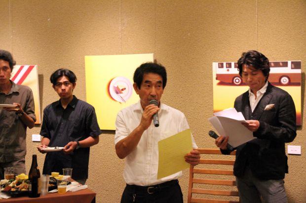 懇親会幹事の岡田先生