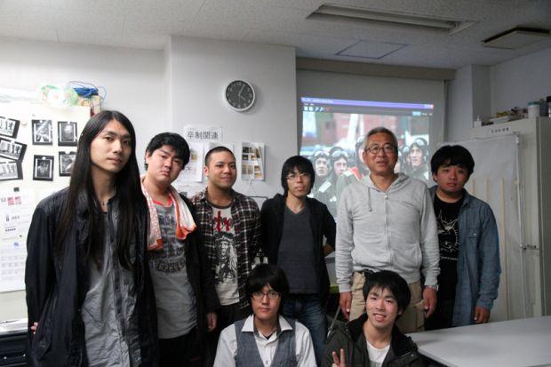 宮嶋茂樹氏と学生