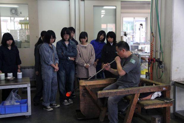 ガラスコース技術員迫田さんデモンストレーション