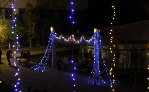 学友会主催クリスマスイルミネーション点灯式について