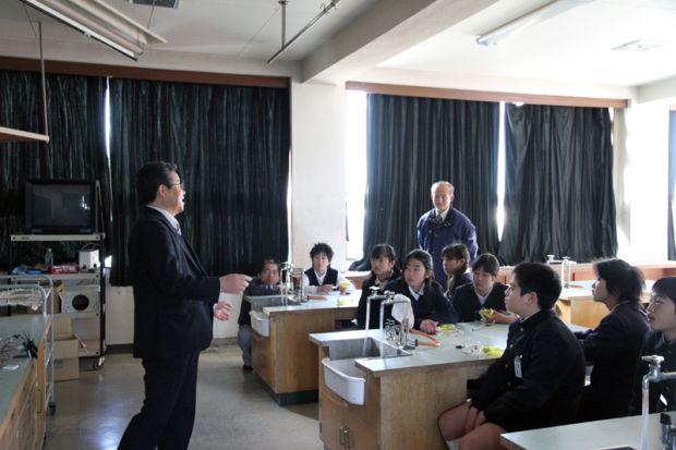 山本健治先生の出張講義
