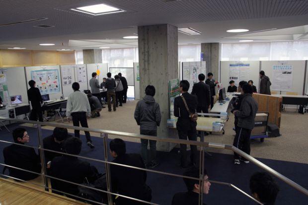 展示・デモンストレーションコーナー
