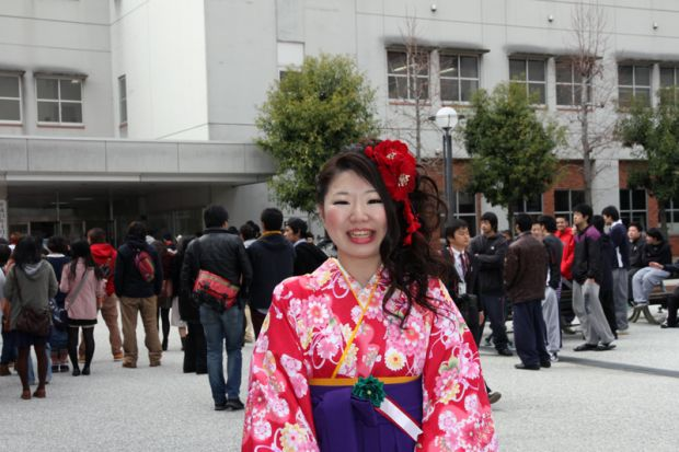 吉田襟菜さん