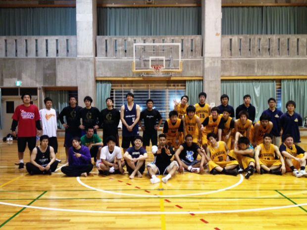 男子バスケットボール部集合写真