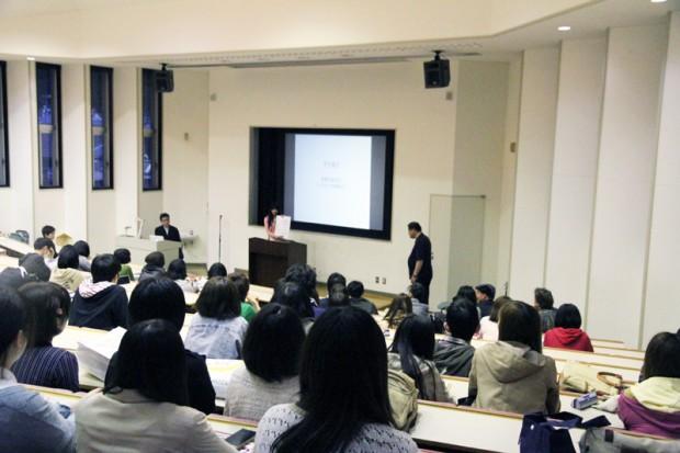 芸術学部デザイン学科全体会議