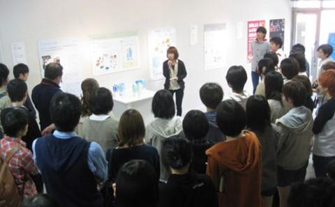 本学芸術学部デザイン学科による「プレゼンテーション・ウィーク2013春」が始まりました!