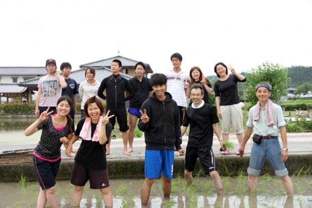 フィールドワーク参加学生たち