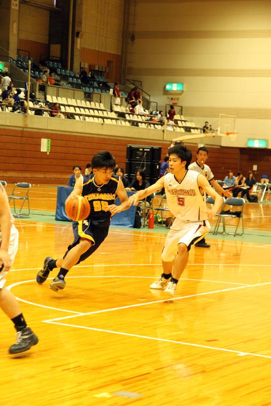 男子バスケットボール部(紺ユニフォーム)