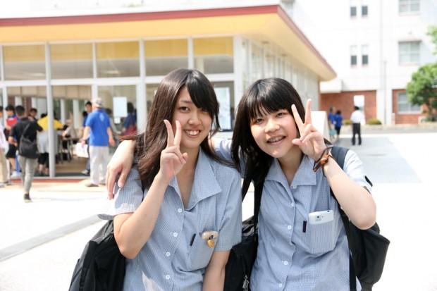 オープンキャンパスに参加した高校生