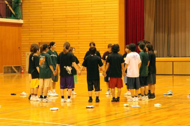 女子バスケットボール部円陣