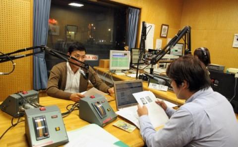 芸術学部 川上助教が明日開催の公開講座PRでFMくらしきに出演。