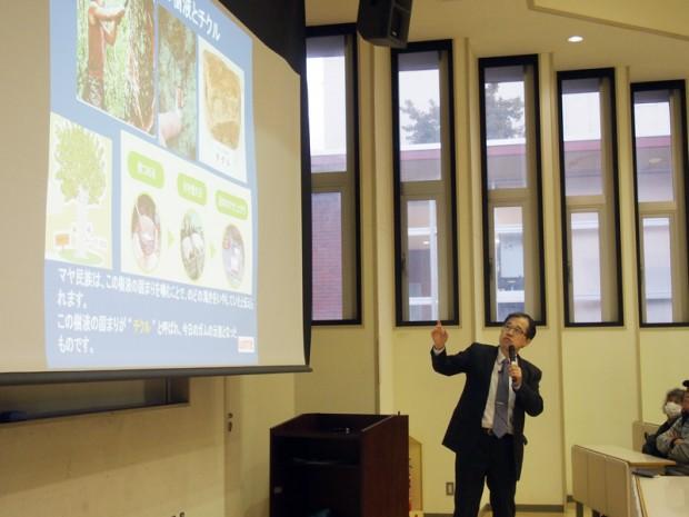 チューインガムの咀嚼と栄養素の補給についての講義