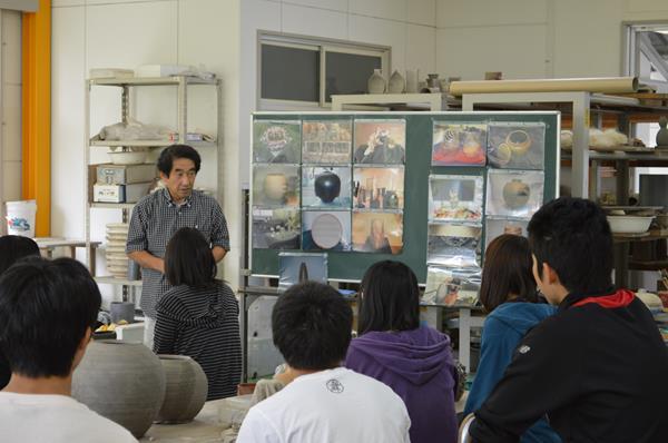 高大連携事業:デザイン芸術学科教授岡田輝雄