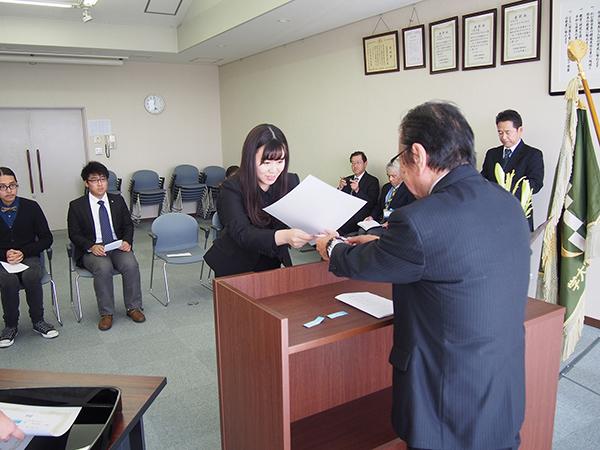 第18回森辰子留学生奨学金授与式の様子
