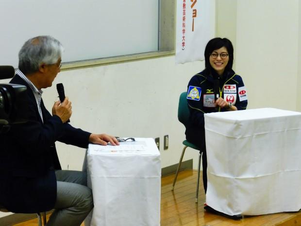 濱家輝雄教授とカーリング日本女子代表小笠原歩選手
