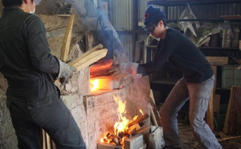 備前焼登り窯焚き