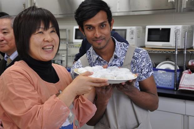 餃子と留学生