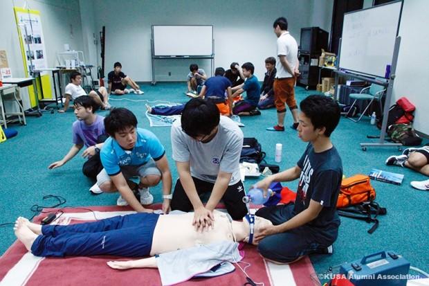 心臓マッサージ訓練
