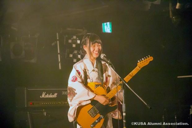 ボーカル兼ギターの山本早希さん