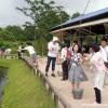 釣り堀での川魚釣大会