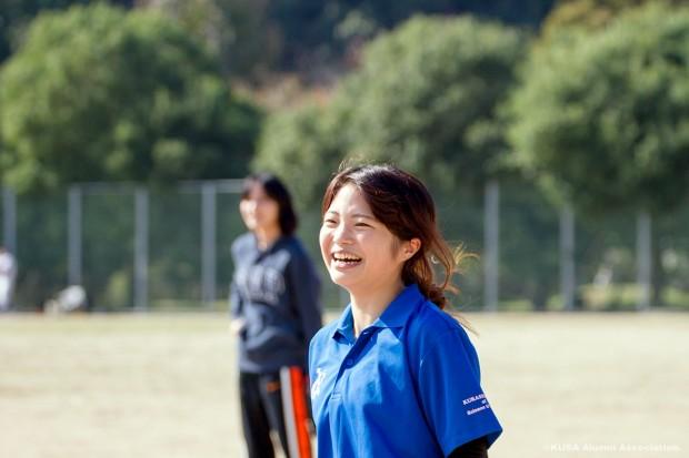 笑顔が眩しい女子学生