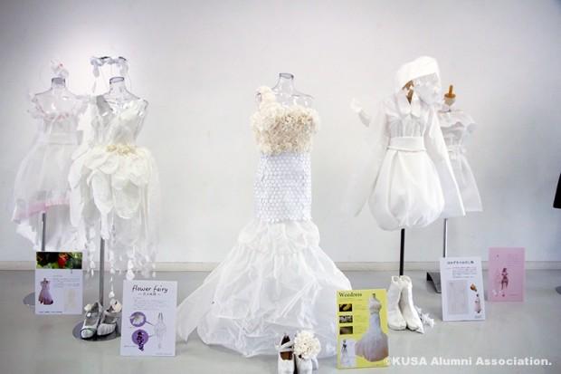 ファッションテキスタイル展の展示作品(ドレス)
