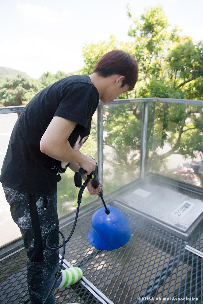 ホールド洗浄作業