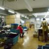 工場での縫製