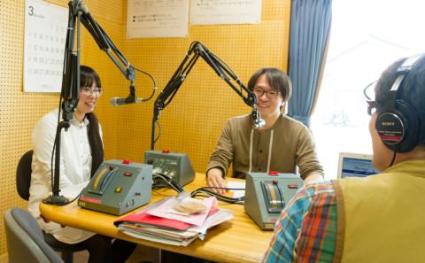 本学で開催するワークショップのPRでラジオに出演しました。