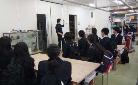 10/17(水)香川県立琴平高等学校1年生 学内見学のため来校