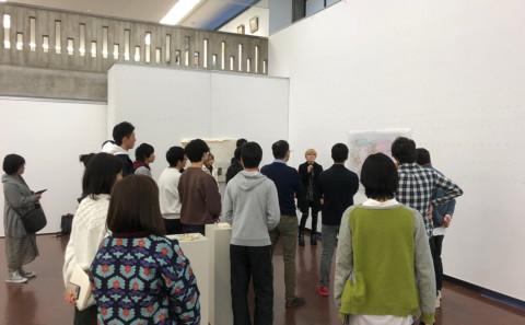 カリガリ博士展でギャラリートークが行われました。
