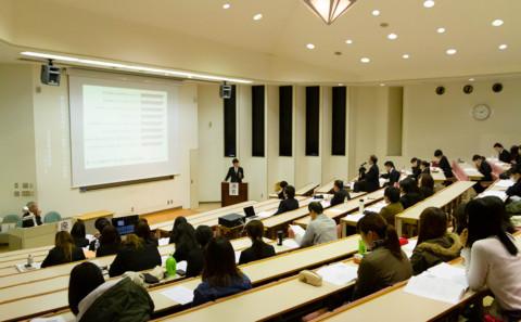 2018年度動物生命科学科卒業論文発表会について
