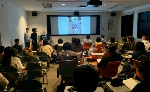 メディア映像学科の「映像概論」講義