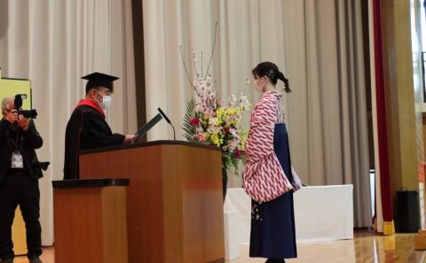 令和2年度 学位記授与式が行われました(2021.03.23)
