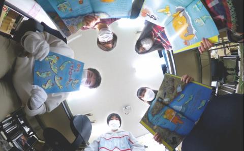 学生が環境啓発絵本を制作!